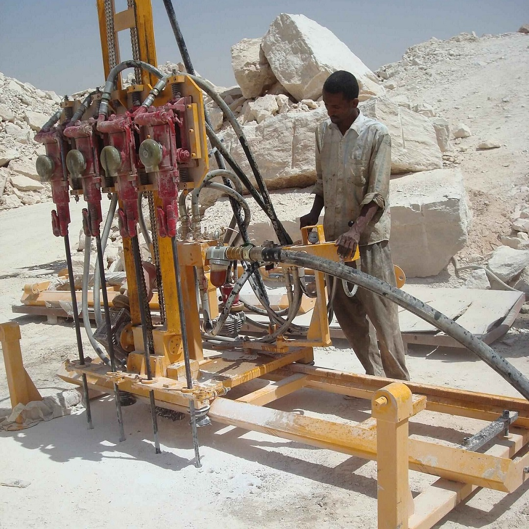 Mobile Rock Drill with 4 hammers-ProDrill